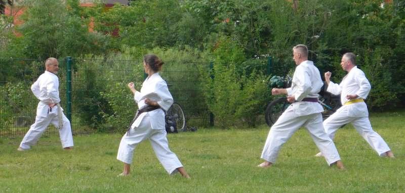 2020 06 09 Karate Erwachsene 27 B800