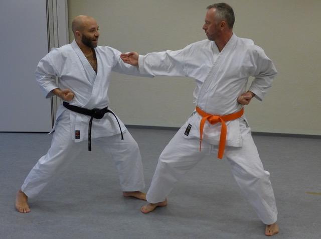 2020 10 29 Karate Erwachsene 1