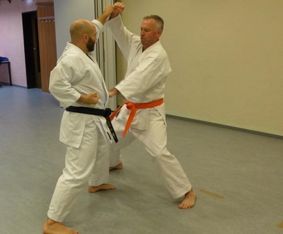 2020 10 29 Karate Erwachsene 17